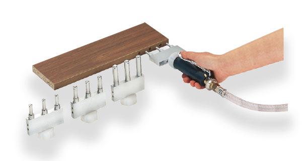 Tryska pro kolíkový spoj trojitá, 10 x 30 mm, rozteč 32 mm